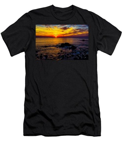 Gorgeous Coastal Sunset Men's T-Shirt (Athletic Fit)