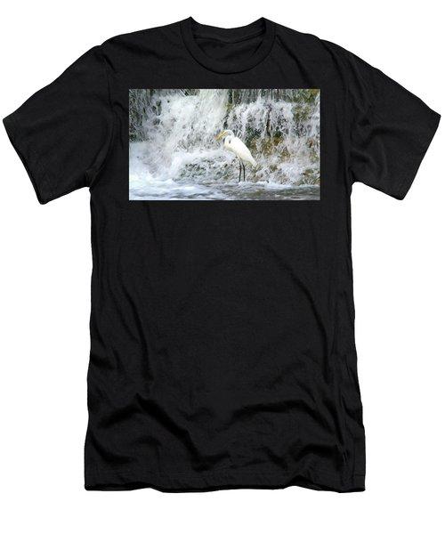 Great Egret Hunting At Waterfall - Digitalart Painting 2 Men's T-Shirt (Athletic Fit)