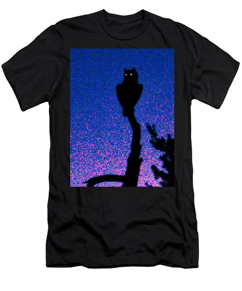 Great Horned Owl In The Desert Men's T-Shirt (Athletic Fit)