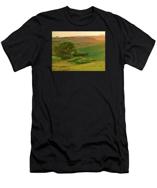 Green Dakota Dream Men's T-Shirt (Athletic Fit)