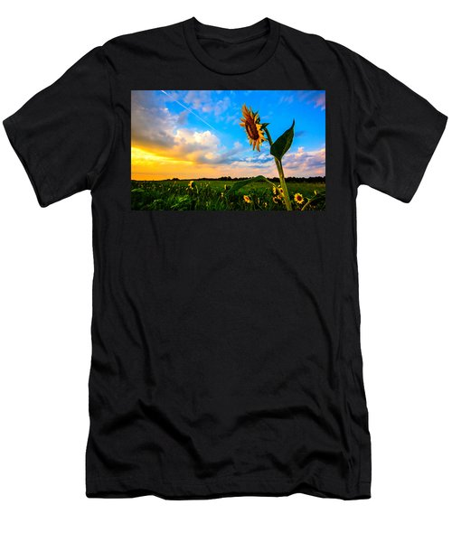 Greeting The Dawn  Men's T-Shirt (Athletic Fit)