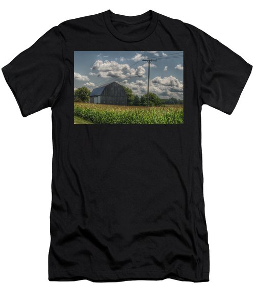 0013 - Grey Barn In A Cornfield Men's T-Shirt (Athletic Fit)