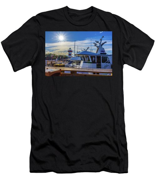 Habour Town Lighthouse And Marina Men's T-Shirt (Athletic Fit)