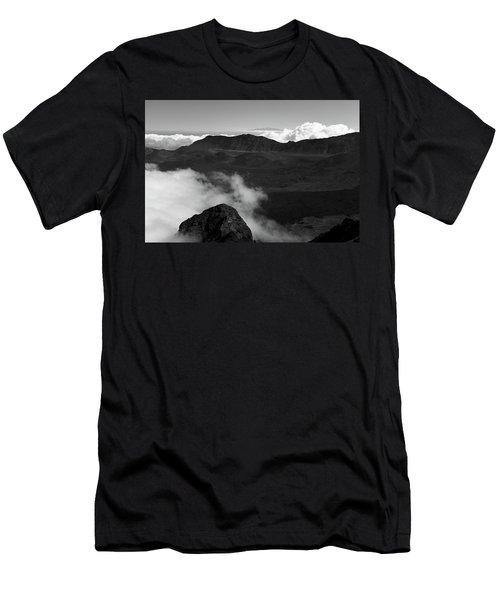 Haleakala B/w Men's T-Shirt (Athletic Fit)