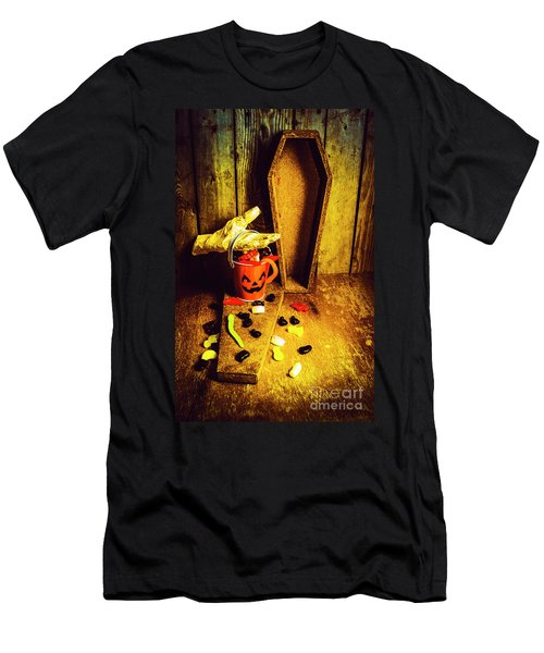 Halloween Trick Of Treats Background Men's T-Shirt (Athletic Fit)