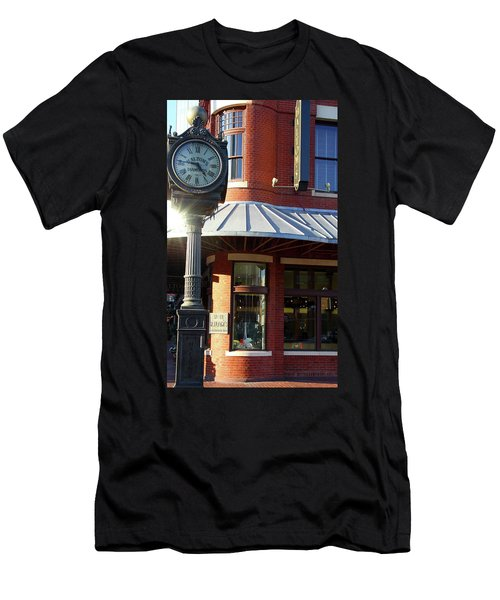 Haltoms Diamonds Clock Men's T-Shirt (Athletic Fit)