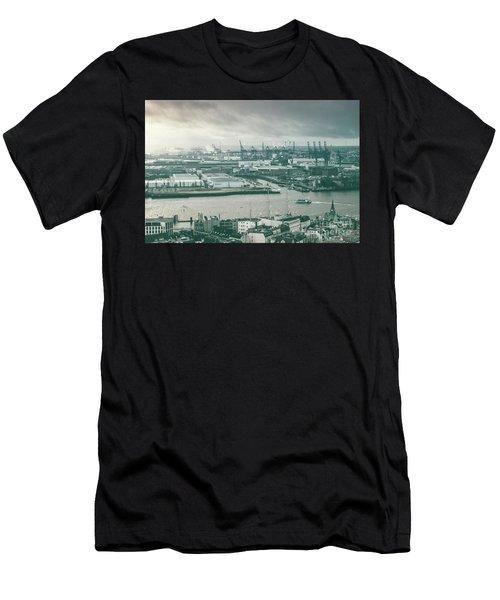 Hamburg Port  Men's T-Shirt (Athletic Fit)