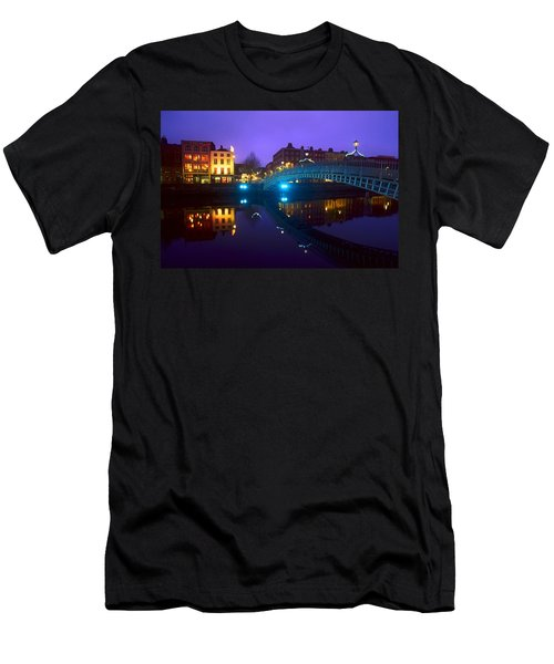 Hapenny Bridge, Dublin, Ireland Men's T-Shirt (Athletic Fit)