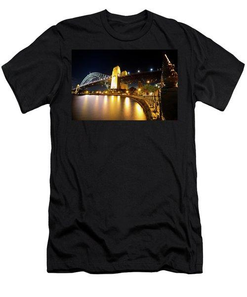 Harbour Fence Men's T-Shirt (Athletic Fit)