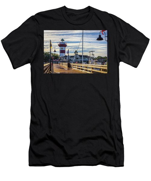 Harbour Town Lighthouse Men's T-Shirt (Athletic Fit)