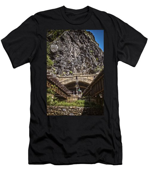 Harpers Ferry Tunnel Men's T-Shirt (Athletic Fit)