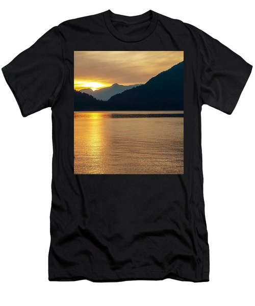 Harrison Lake, British Columbia Men's T-Shirt (Athletic Fit)