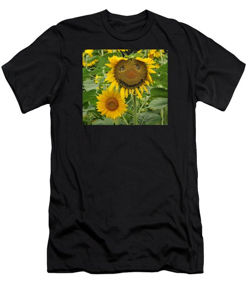 Have A Groovy Day Said The Hippie Flower Men's T-Shirt (Athletic Fit)