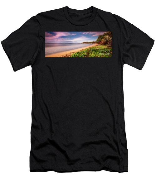 Hawaii Pakala Beach Kauai Men's T-Shirt (Athletic Fit)
