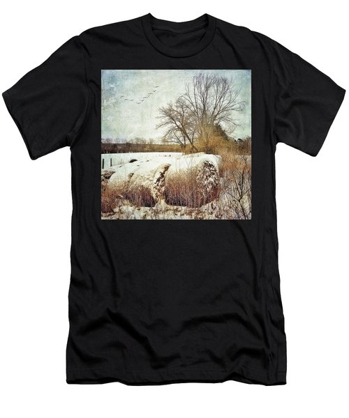 Hay Bales In Snow Men's T-Shirt (Athletic Fit)