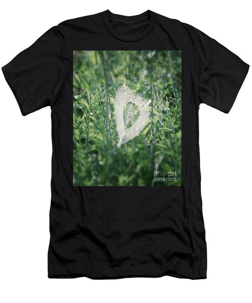 Hearts In Nature - Heart Shaped Web Men's T-Shirt (Athletic Fit)