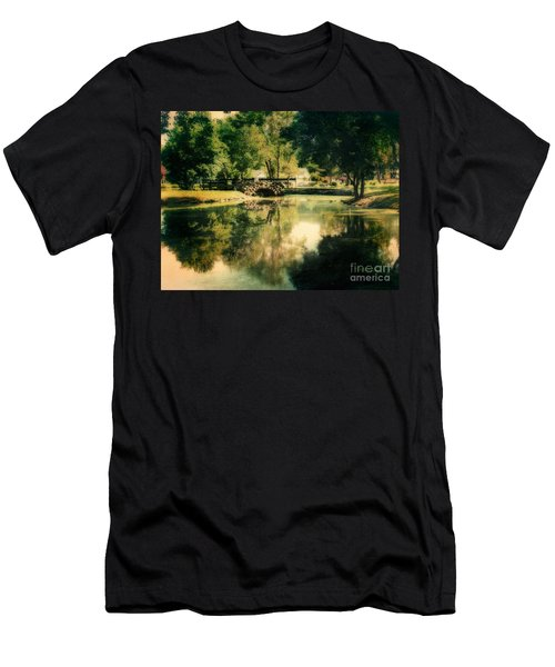 Heckscher Park Pond, Huntington Ny Men's T-Shirt (Athletic Fit)