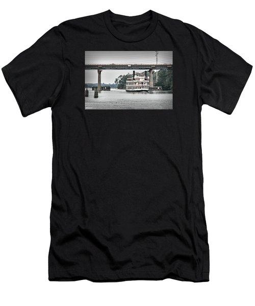 Henrietta IIi Men's T-Shirt (Athletic Fit)