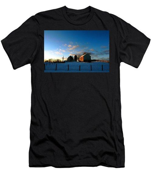 Here It Comes Men's T-Shirt (Athletic Fit)