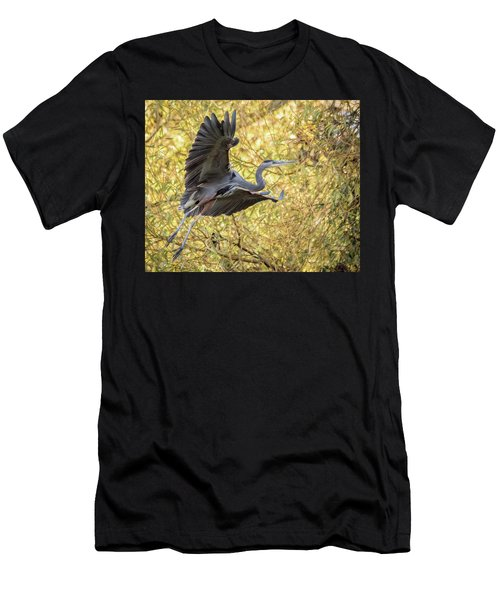 Heron In Flight Men's T-Shirt (Athletic Fit)