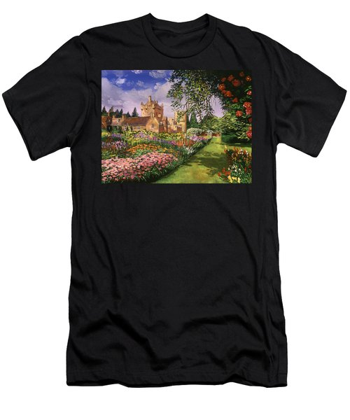 Highland Cawdor Castle Men's T-Shirt (Athletic Fit)