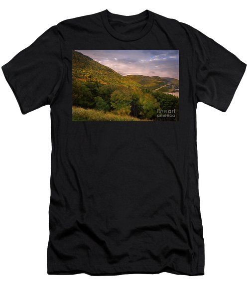 Highland Road Men's T-Shirt (Athletic Fit)