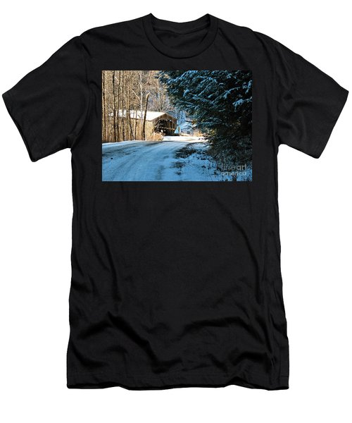 Historic Grist Mill Covered Bridge Men's T-Shirt (Athletic Fit)