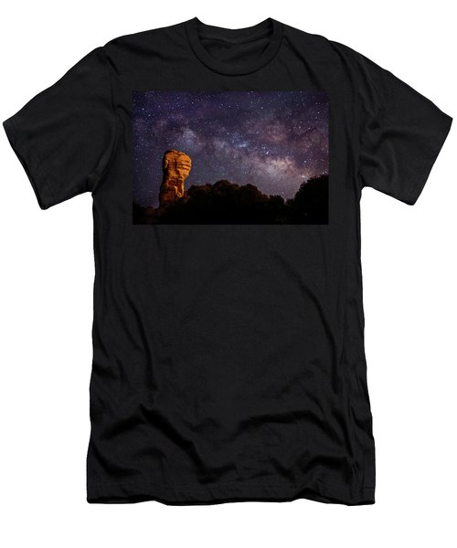 Hitchcock Pinnacle Nightscape -- Milky Way Men's T-Shirt (Athletic Fit)