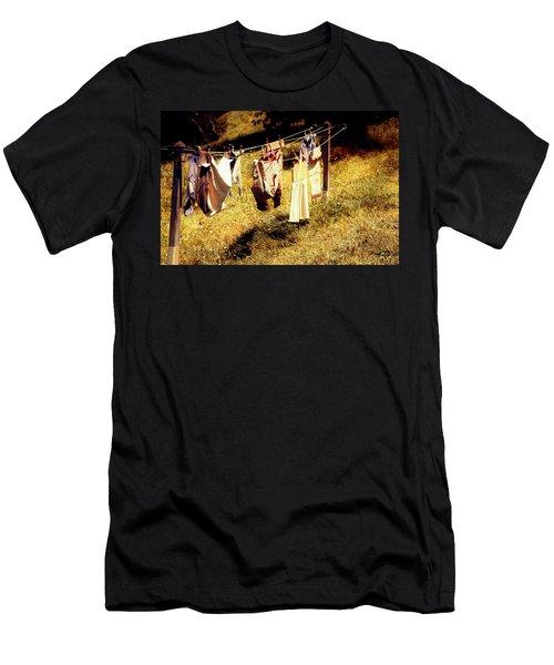 Hobbit Clothes Men's T-Shirt (Athletic Fit)
