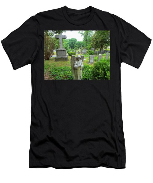 Hollywood Cemetery Men's T-Shirt (Athletic Fit)