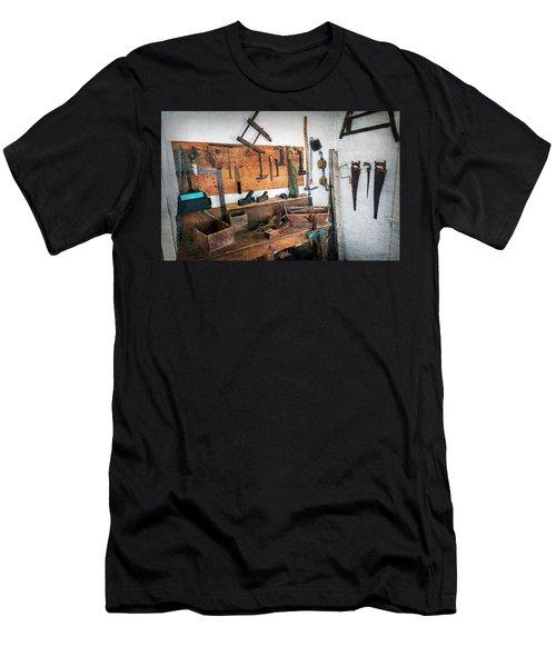 Hooper Strait Lighthouse Workbench Men's T-Shirt (Athletic Fit)