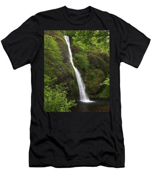 Horsetail Falls Men's T-Shirt (Athletic Fit)