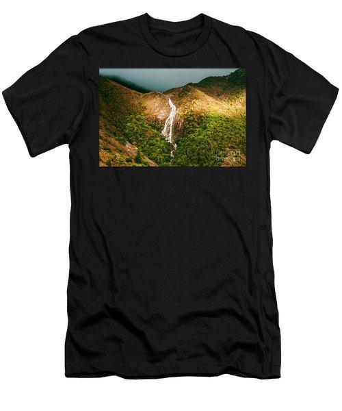 Horsetail Waterfalls Tasmania  Men's T-Shirt (Athletic Fit)