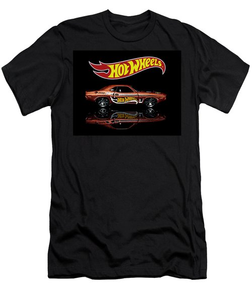 Hot Wheels '70 Dodge Challenger Men's T-Shirt (Athletic Fit)
