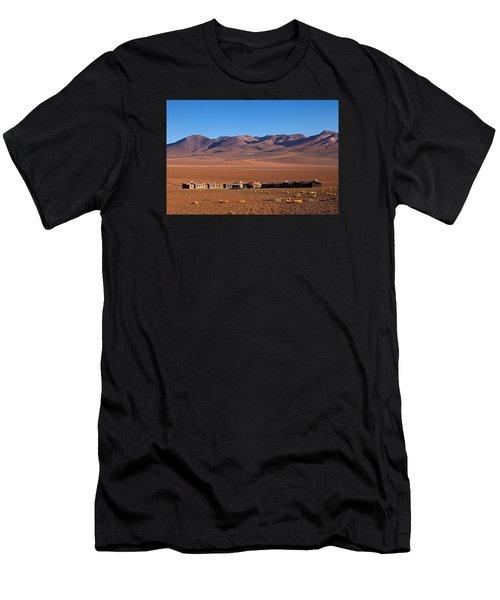 Hotel Tayka Del Desierto In Siloli Desert Men's T-Shirt (Athletic Fit)