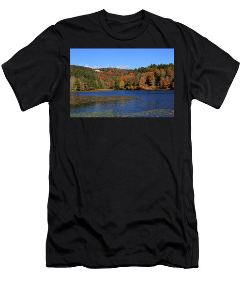 House In The Mountains Men's T-Shirt (Athletic Fit)
