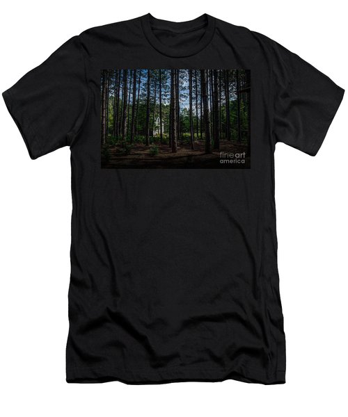 House In The Pines Men's T-Shirt (Athletic Fit)