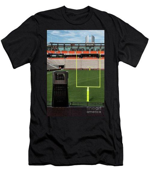 Howard's Rock Men's T-Shirt (Athletic Fit)