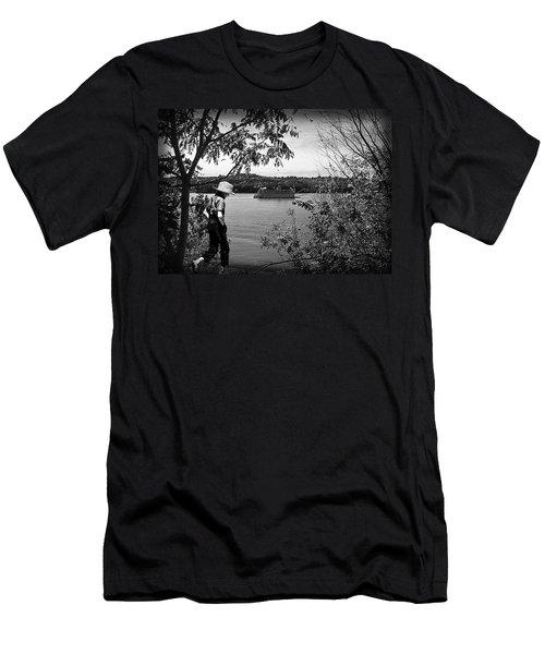 Huck Finn Type Walking On River  Men's T-Shirt (Athletic Fit)