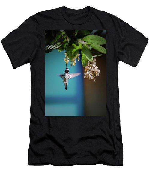 Hummingbird Moment Men's T-Shirt (Athletic Fit)