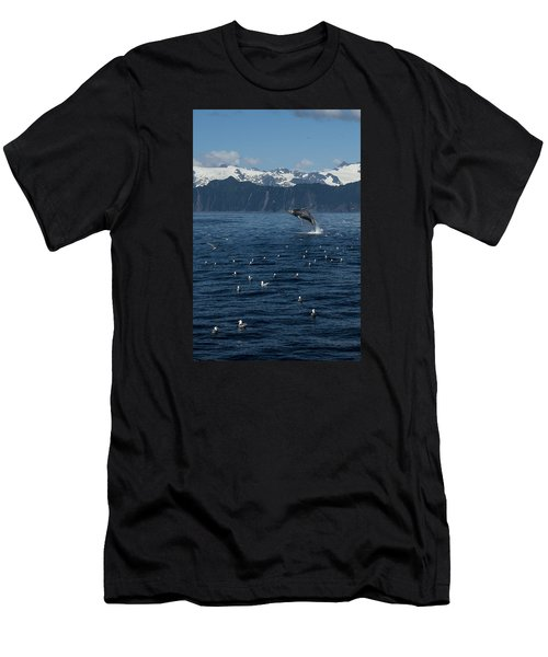 Humpback Whale Breach 3.1. Mp Men's T-Shirt (Athletic Fit)