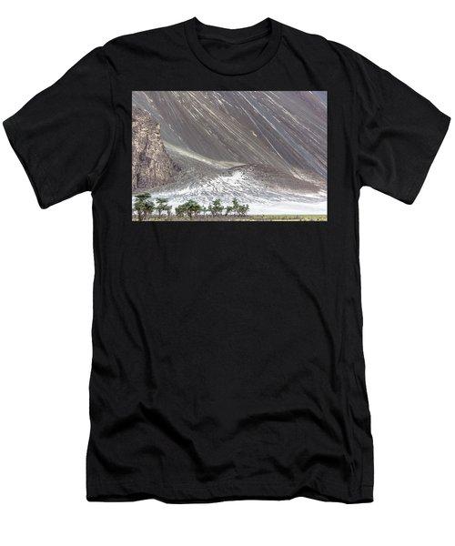 Hunder Desert, Hunder, 2005 Men's T-Shirt (Athletic Fit)