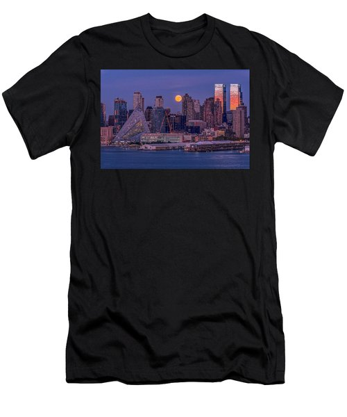 Hunter's Moon Over Ny Men's T-Shirt (Athletic Fit)