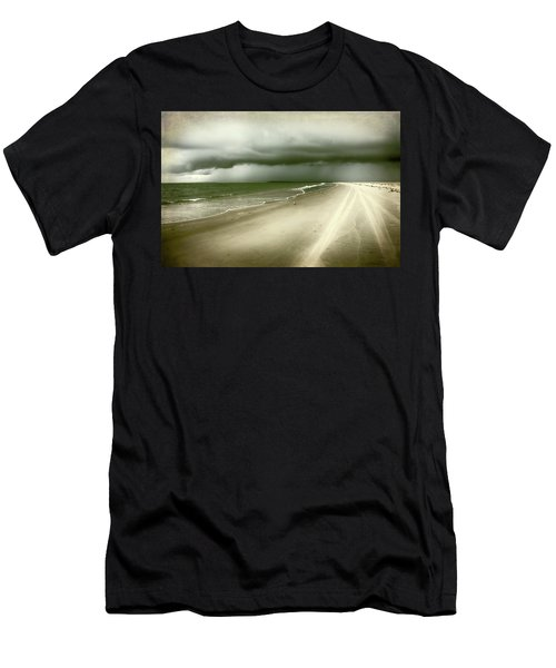 Hurricane Storm Ocracoke Island Outer Banks Men's T-Shirt (Athletic Fit)