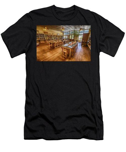 Hye Market General Store Men's T-Shirt (Athletic Fit)