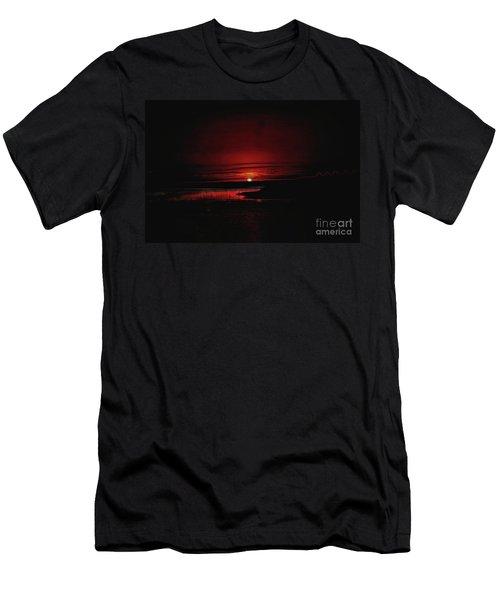 I Rise Up Men's T-Shirt (Athletic Fit)