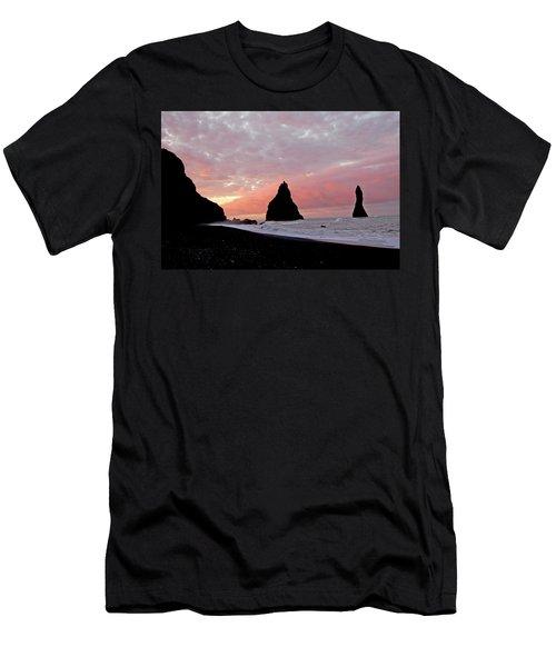 Iceland Sunrise Men's T-Shirt (Athletic Fit)