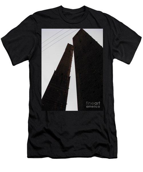 Il Bacio Delle Torri Men's T-Shirt (Athletic Fit)