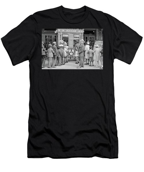 In Front Of A Movie Theater, Chicago, Illinois Men's T-Shirt (Athletic Fit)