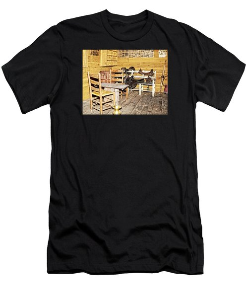 In The Barn Men's T-Shirt (Athletic Fit)